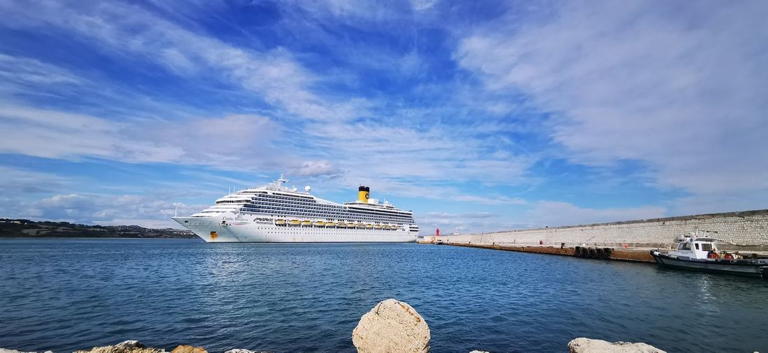 Cruise ship costa magica entering the port of ancona with the infected of the covid-19