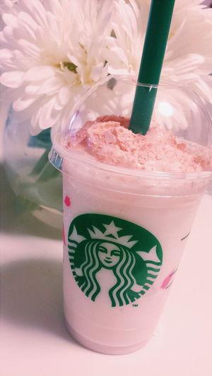 Starbucks Starbucks Coffee スターバックス スタバ Frappuccino フラペ フラペチーノ さくらブロッサム&ストロベリーフラペチーノ Cherry Blossom Strawberry サクラ いちご Pink