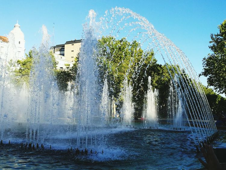 Fuente❤Agua Motion Fountain Spraying Water Long Exposure Splashing Tree Blurred Motion Waterfall Scenics Building Exterior Waterfront Falling Water Outdoors Decoration Park Nature Power In Nature Majestic Day Valladolid First Eyeem Photo