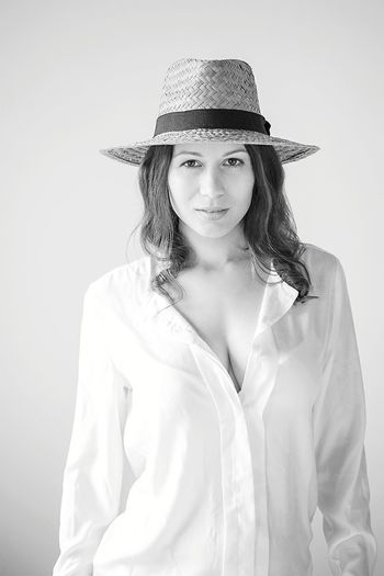 Bwphotography Portrait Beautiful Woman Beauty People Women Hat Photooftheday Portrait Photography Looking At Camera Portaiture Girl Blackandwhite One Person Straw Hat EyeEmNewHere The Portraitist - 2017 EyeEm Awards
