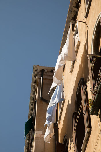 A Day in Venice Architecture Built Structure Low Angle View Outdoors Sunlight Travel Destinations Travel Photography Washing Day In Venice