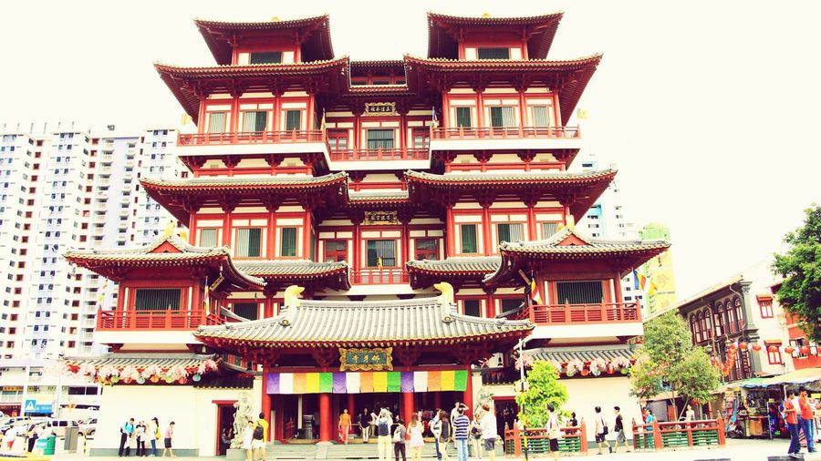 Buddha tooth relic temple Temple Chinatown Singapore Southbridgeroad Aomamjourney Alone Alonetrip