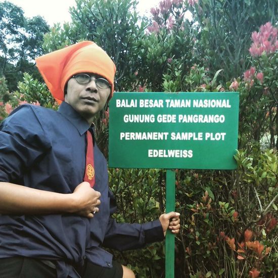 SELAMAT HARDIKNAS... Praktikum pelajaran IPA (Ilmu Pengetahuan Alam) ya di Alam.. ppfftt... Untukindonesia Instapict Inspirasi Indomountain Indosat_adventurer Nature_perfection Back2nature