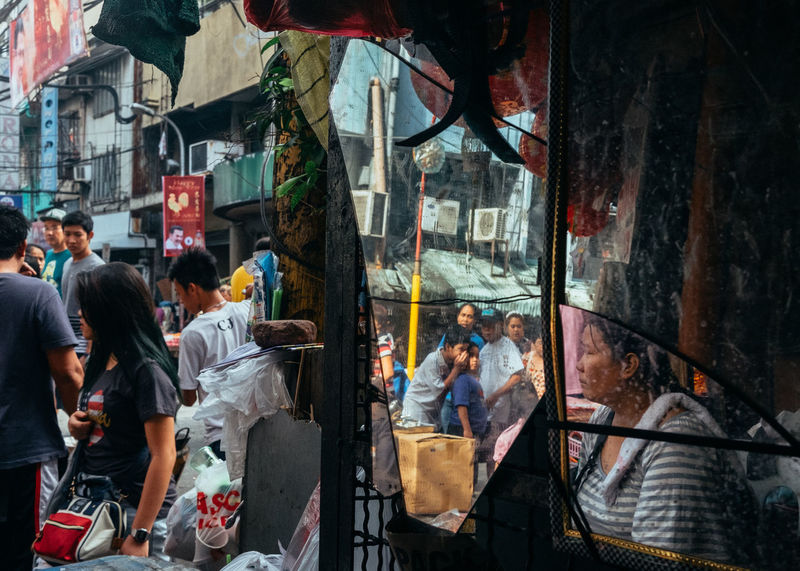 Binondo Day Everybodystreet EyeEm Lucena Eyeem Philippines People People And Places Real People Street Street Life Streetphoto_color Streetphotography The Human Condition The Street Photographer - 2017 EyeEm Awards The Photojournalist - 2017 EyeEm Awards BYOPaper!