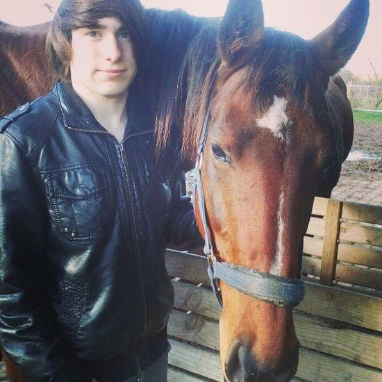 Reiten Mit Pferd Namens laura hihi wunderschönes pferd werd dich vermissen lustiger tag instayolo instaswag instahipster likeforlike likeyoulike likeorlike