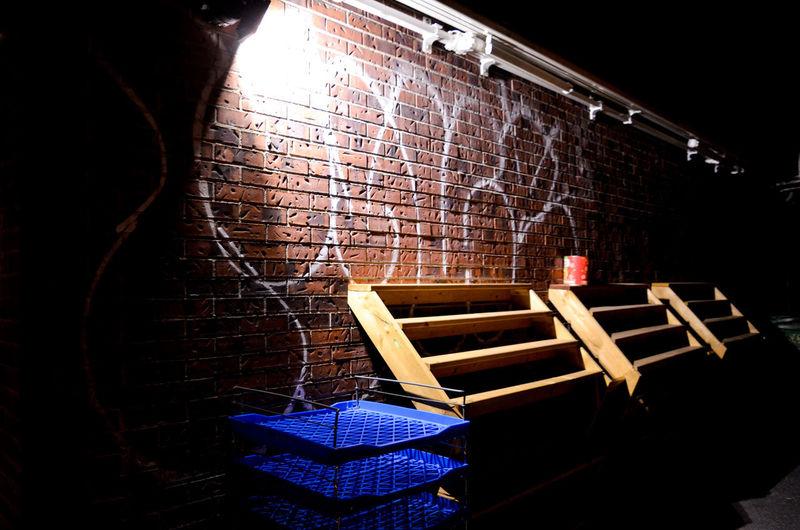 Wood - Material Brick Wall Graffiti Vandalism Spray Paint Wall - Building Feature