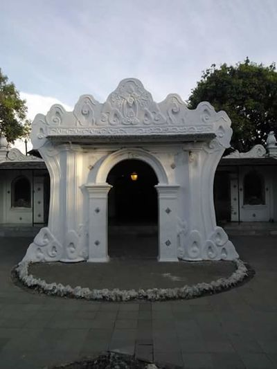 Keraton Kasepuhan Architecture Built Structure Building Exterior Entrance Arch ShadowTree Shadow Ornate History The Past Sky Memories Façade Outdoors Day Place Of Worship In Front Of