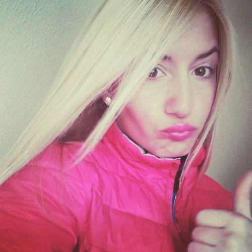 Dukaaakkk :)) Taking Photos Enjoying Life Amazinggirl Colors #color #colorful #TagsForLikes #red #orange #yellow #green #blue #indigo #violet #beautiful #rainbow #rainbowcolors #col Blonde Girl Izmir Tbt💕 Everyday Lives Work Time