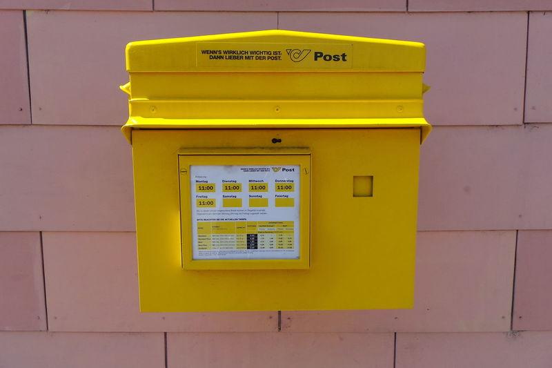 Austria Brief Communication Gelb Kommunikation Letter Letterbox Mailbox Postkasten Snail Mail Yellow Österreich