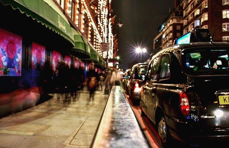 Nikon Taxi