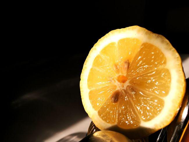 Citrus Fruit Citron Fruit Fruits ♡ Fruits Citrus  Lemon Lemons Citrus  Yellow And Black Jaune🌻 Jaune Yellow Yellow Color