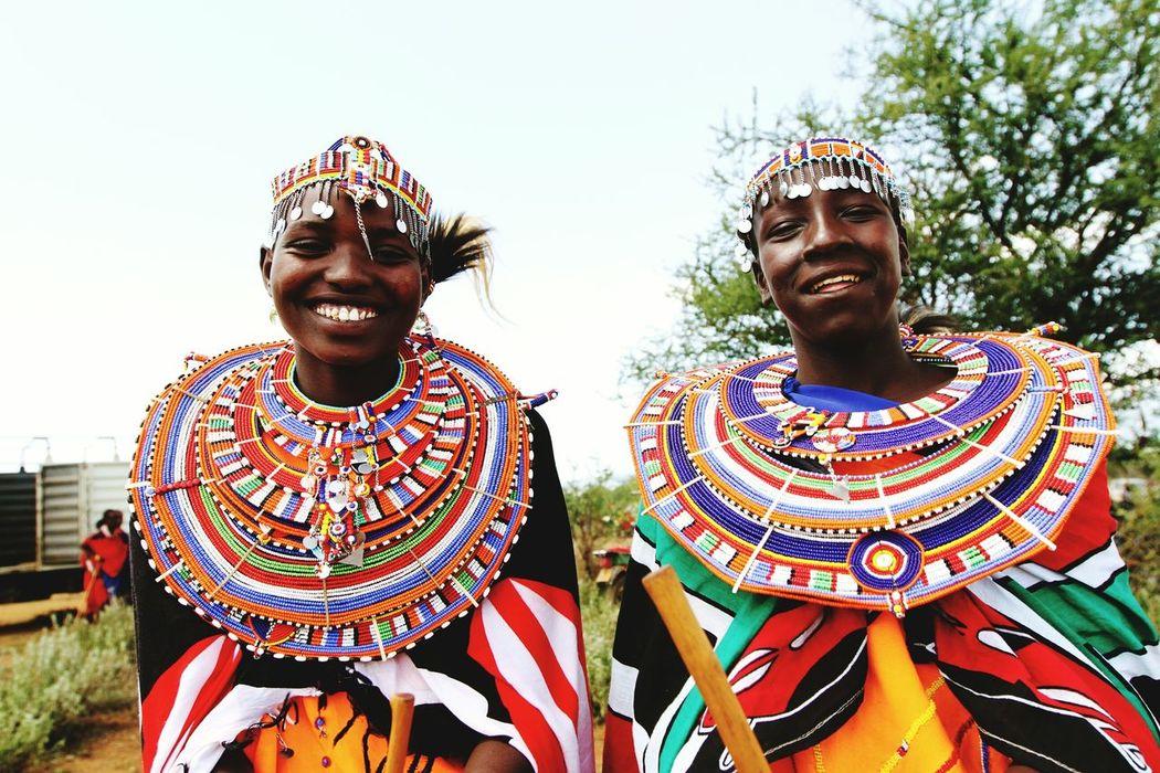 Maasai girls smiling. MaasaiPeople Maasai Wear Maasai MaasaiWife Maasai People Masai Tribe