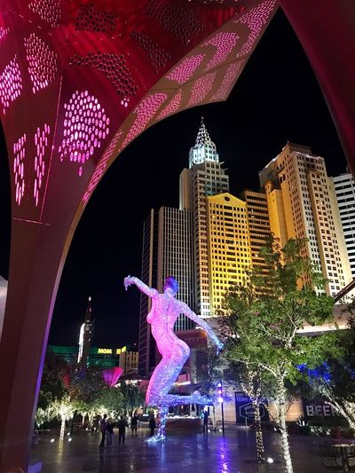 Night Illuminated Architecture Building Exterior Built Structure Water Travel Destinations City Outdoors Tourism Real People Vacations Sculpture Skyscraper Sky Bliss Dance The Park, Las Vegas Vegas Nights Vegas Lights Leisure Activity Travel Destination