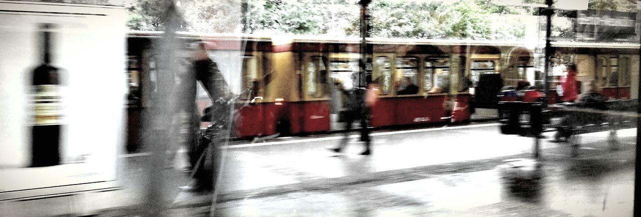 Change Your Perspective Auf Die Sbahn Warten Streetphotography EyeEm Best Shots