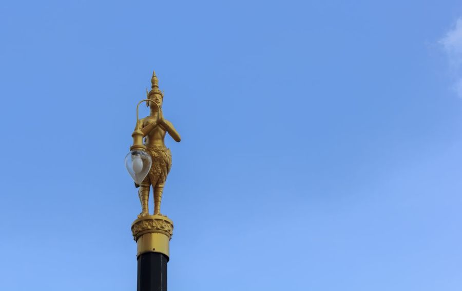 Architecture Blue City Day Gold Lamp Lamp Lamp Design Lamp Light Lamp Lighting Lamp Lighting Antique Light Lamp Lights In Decorations Lamp Lovers Of The World Unite Lamp Post Lamp Posts Lamplight Lamppost Lamps No People Outdoors Sculpture Sky Sky And Clouds Statue Travel