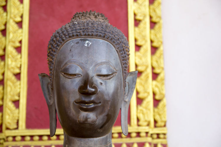 Buddha statue in Ho Pra Keo temple Human Representation Sculpture Religion Art And Craft Representation Spirituality Statue Male Likeness Belief Creativity Craft No People Place Of Worship Architecture Close-up Building Built Structure Gold Colored Ornate Idol Statue Buddhism Meseum Ho Pra Keo Ancient Ancient Civilization Ancient Architecture Ancient History Old