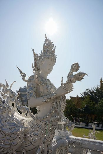 White Temple Architecture Architecturelovers Architecture_collection Interior Design Art Temple Sky Buddha Thailand Sunshine