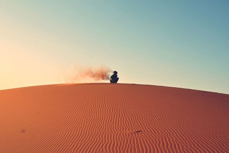 NOMAD Desert One Person Clear Sky Sand