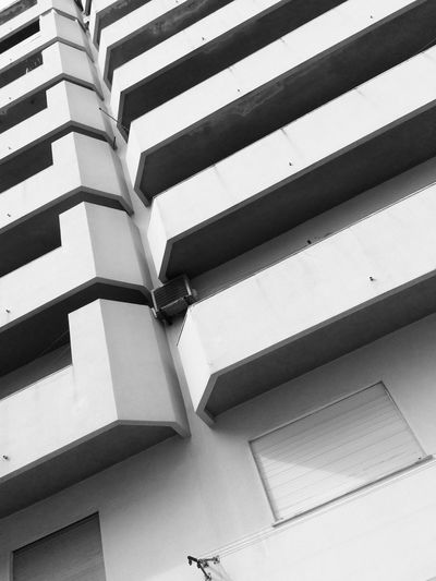 2017 Low Angle View Built Structure Architecture Building Exterior No People Day Black And White Blackandwhite Black & White Blackandwhite Photography Black&white Blackandwhitephotography Black And White Photography Algarve