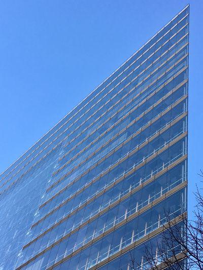 Skyscraper. 33