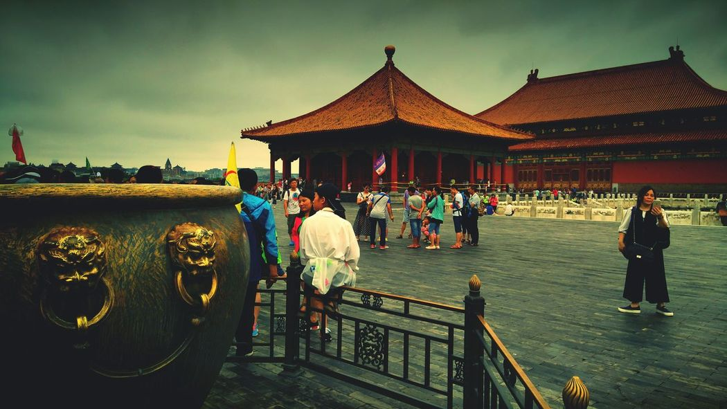 Architecture Built Structure Outdoors Large Group Of People Sky Travel Destinations Day People Adult Adults Only Only Men Beijing Beijing, China Beijing Scenes Palace Palace Of Fine Arts Palace Architecture Palace Square Palace Of Culture Travel