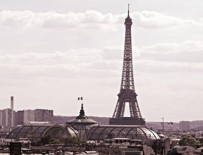 Capital Cities  Eiffel Tower Famous Place France Honeymoon Paris Tower Travel Destinations