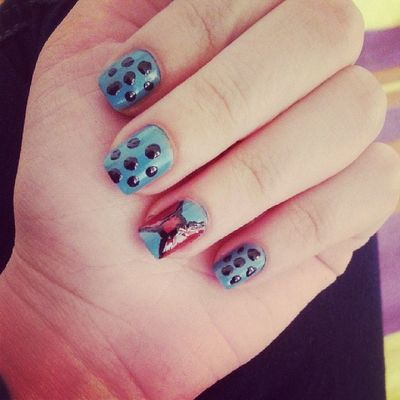 Nail Art Love Hands