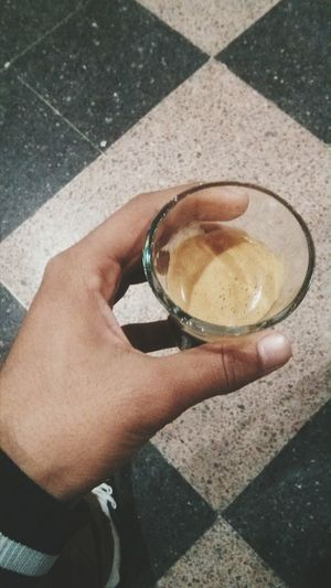 Getting In Touch Relaxing Taking Photos Having Coffee Drinking Coffee Strong Coffee Morning Coffee Good Morning Morning Rituals Coffee And Cigarettes