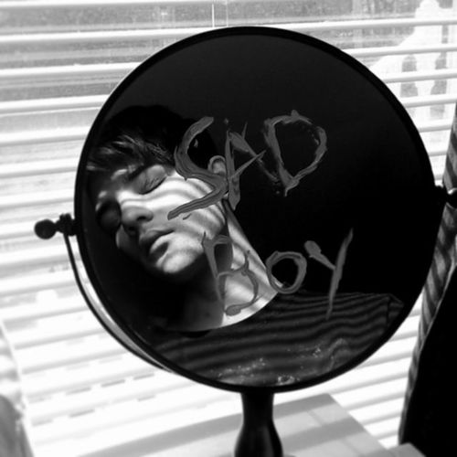 Sadboy  ♥ ‹-« Shadows Shadowchild Mirror Reflection Selfportrait Gs4 Face Lines Window Windowpain Light Bright VSCO Vscocam Vscovisuals Vscogrid Vscofilm VSCOBlack Bw Blackandwhite Circle Sadboyforever Blaqk Art conceptualphotographyphoneographyturntheothercheek