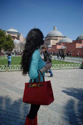 Blue Blood Brunnete Casual Clothing City Life Curly Black Hair Tho ♥  Full Length Istanbul Not Looking At Camera Person Real People Red Bag Sightseen Street Walking People And Places