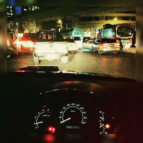 🚔POLICE 🚔OFFICERS TAKE A TABLET 💊CAR Drift KTING ⛽⛽⛽⛽TIME IN KARACHI🚦🚦 NIGHT 🌛🚕🚖🚘🚗 Toyota Vigo 4X4 MASHALLAH WITH. @danish.dashti_offical