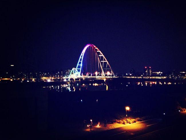 新月橋 Night Beatiful