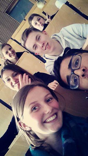 Friends Vorlesung Yeahhhh Erdkunde :D