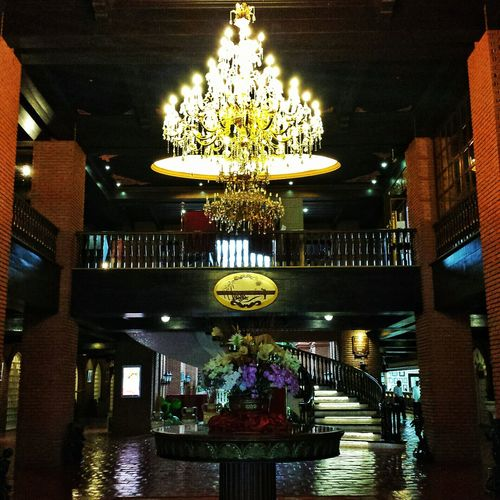 hotel lobby of a many ghost stories... || Pilipinas Darkness And Light Heritage History