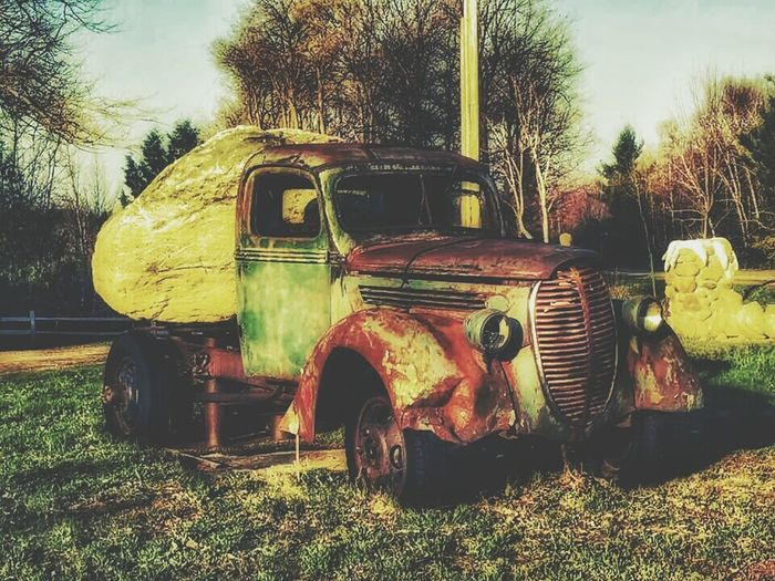 Roadside America Finding Beauty Everywhereigo Antique Truck Things I See Countryside Rural Landscape Inspirations Everywhere. Collaboration with my friend Jon.