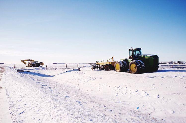 January 9, 2016 QVHoughPhoto FujiFilmX100 Moorhead Minnesota Landscape Winter Snow Tractor