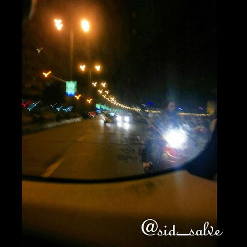 Look at the left side of the photo and thw street lamps..!! They look like Birds to me..!! Lol Birds Street People Streetlamp Cartaillights Xenon Lights Rearseat