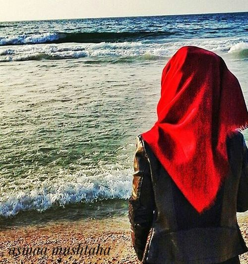 Water Sea Beach Real People Red Horizon Over Water Close-up People Nature Adult Focus On Foreground Foto Fotography Wave Adults Only Men Foodphotography Fhoto Looking At Camera First Eyeem Photo تصويري  سماء فلسطين تصويري  Follow