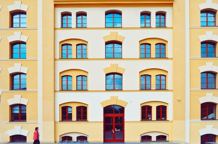 Architecture_collection Archilovers Architectural Feature Windows And Doors Full Frame Colorful City Cityexplorer Urban Urban Geometry Urbanphotography Urbanexploration Street Pattern Architecture Window Façade Community City Building Exterior Built Structure Travel Destinations Outdoors The Graphic City Colour Your Horizn