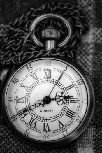 time piece Malephotographerofthemonth Macro Photography Metal Art Bnw Blackandwhite Photography monochrome photography Sliver Color Closeup Pocket Watch Watch Clock Face Clock Minute Hand Roman Numeral Time Hour Hand Old-fashioned Number Close-up Pocket Watch Watch Second Hand Clockworks Information Instrument Of Time Chain Clock Hand