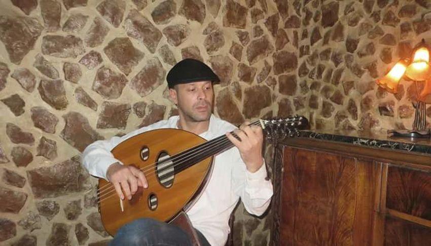 La Marsa Eyeem Tunisia Luthier Luthieristanbul العود Tunisian Luth http://www.facebook.com/TunisianLuth bh chedy fkaier Oud