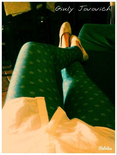 Feett Legs Leggings Relaxing