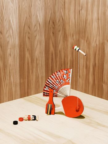 Balance Balancing Act Wood - Material No People Monochromatic Wood Paneling Wood Grain Studio Shot Daiso Shapes And Forms Fresh on Market 2017 Brown Fan Red Wooden Toys Indoors  Childhood