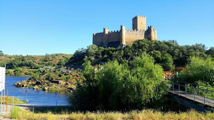 Castello Castelo Castelosdeportugal Castelodealmourol Castel Castels Monument Monuments Castle Castle Walls Castle View  River View
