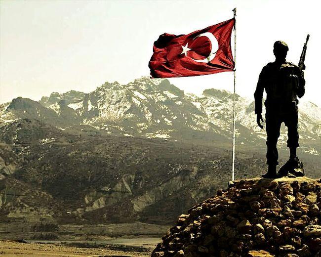 Vatan sana canım feda (foto anonim) Turkısh Army