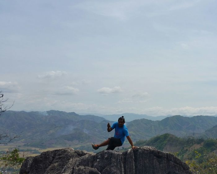 No Filter The KIOMI Collection EyeEm Nature Lover Nature Photography At The Top Big Rocks Blue Wave Showcase April Alternative Fitness RockClimbing Showing Imperfection Telling Stories Differently Human Meets Technology The Great Outdoors With Adobe The Great Outdoors - 2016 EyeEm Awards Feel The Journey our first time mountain climb! Original Experiences Philippines