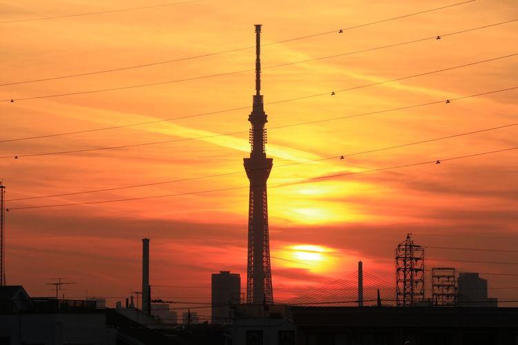 Sunset Orange Color Tower Silhouette Sky Dramatic Sky Sunsets Orangesky Gradation Sunset_collection Japan Highvoltage Tokyoskytree Skytree Tokyo