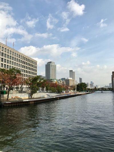 Riverside Architecture Built Structure Building Exterior Water Cloud - Sky Sky City