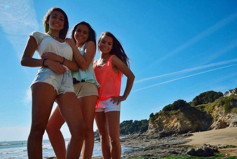 Beach Shooting Enjoying Life Lovefriends