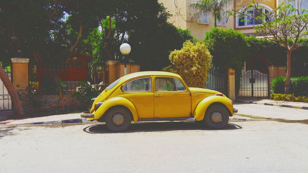 Yellow Car Transportation Retro Styled Mode Of Transport Old-fashioned Outdoors Street No People Taking Pictures Good Afternoon Ordinary Day Colorphotography Afternoon